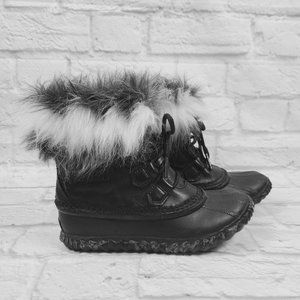 Sorel Black Out N About Fur Luxe Boots Size 5.5